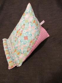 Tabletkissen - I-Pad Kissen - Buchkissen - Muttertag - Buchstütze - Lesekissen - E-Reader Kissen  - Ornamente rosa - Handarbeit kaufen
