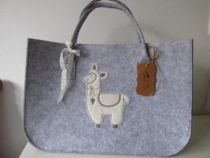 Filztasche - Shopper aus Filz - Alpaka - Lama  -Tasche aus Filz - Kaminholzkorb  - Kaminholztasche - Zeitungskorb - Projekttasche - Projektkorb - Transporttasche