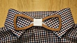 Holzfliege für Männer Herren-Fliege mit Ausschnitt und elegantem Stoffband weiß handgefertigt Shabby Chic Querbinder Bräutigam Hochzeit