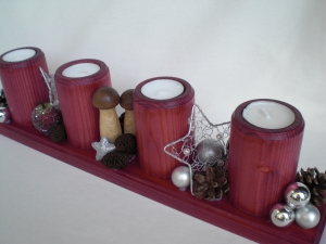 Adventskranz aus Holz, gebeizt in aubergine