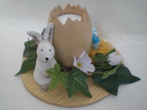 gedrechselter Holz-Teelichthalter in Eiform, frühlingshaft dekoriert kaufen - Handarbeit kaufen