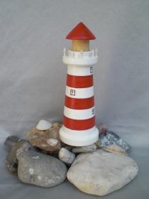mittlerer gedrechselter Holz-Leuchtturm, in rot und weiß, 12,5 cm, maritime Deko, Handarbeit - Handarbeit kaufen