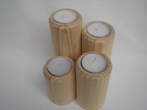 Teelichthalter aus Holz für 4 Teelichte, für oder als Adventskranz, gedrechselt kaufen