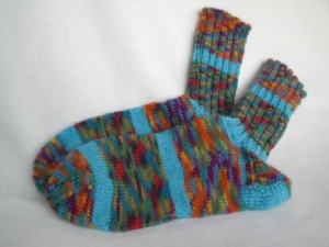 bunte warme Wollsocken in Gr. 30/31 handgestrickt - Handarbeit kaufen