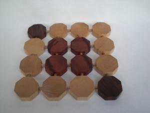 formschöner Topfuntersetzer aus Holz, Handarbeit - Handarbeit kaufen