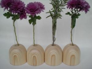 Mini-Vasen (4 zusammen) aus Holz mit kl. Reagenzglas, 4 cm, Tischdeko, kaufen