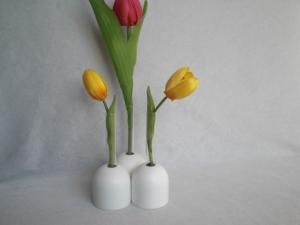 weiße Mini-Vasen (3 zusammen) aus Holz mit kl. Reagenzglas, 4 cm, Tischdeko, kaufen  - Handarbeit kaufen