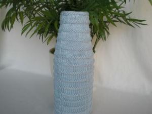 bestrickte Blumenvase in hellblau, Handarbeit kaufen  - Handarbeit kaufen
