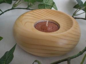 kleiner runder gedrechselter Teelichthalter in natur kaufen  - Handarbeit kaufen