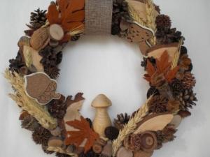 Türkranz für den Herbst mit gedrechseltem Pilz in Handarbeit hergestellt kaufen