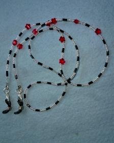 Handgefädelte Brillenkette/Maskenkette  in schwarz-silber mit roten Kristallblüten -  - Handarbeit kaufen