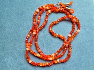 Handgefädelte zierliche Brillenkette *Orange* - Geschenkidee zum Muttertag - Handarbeit kaufen