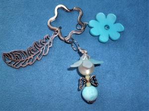 Handgefertigter Schlüsselanhänger Blumenelfe aus Polaris   -  Geschenk für Frauen und Mädchen - - Handarbeit kaufen