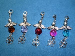 5 Stück Perlenengel, Glücksbringer, Geschenkanhänger, Charmanhänger, Gastgeschenk - Handarbeit kaufen