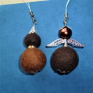 Handgefertigter Schlüsselanhänger/Taschenbaumler * Filz-Engelchen und Wichtel im Set * - Geschenk für Frauen und Mädchen - - Handarbeit kaufen