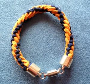 Handgeflochtenes Armband  aus Kunstwildleder - Geschenkidee für  Jungs - - Handarbeit kaufen