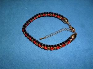 Handgeflochtenes Armband nach der japanischen Flechtkunst Kumihimo aus Satin- und Glitzerkordel - Geschenk für Mädchen und Frauen - - Handarbeit kaufen