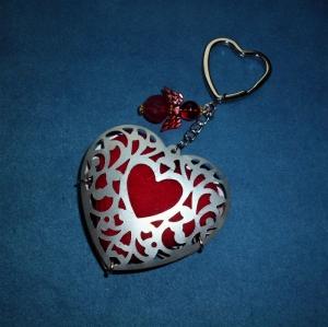Schlüsselanhänger  *Valentinstag*  -  Geschenkidee für Frauen und Männer -  - Handarbeit kaufen