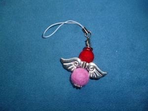 Handgefertigter Schlüsselanhänger/Taschenbaumler * Filz-Engelchen * - Geschenk für Frauen und Mädchen -  - Handarbeit kaufen