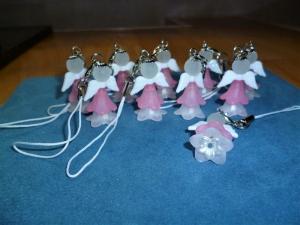 10 Stück Schutzengel , Gastgeschenk, Glücksbringer, Schlüsselanhänger - Geschenk für Mädchen -  - Handarbeit kaufen