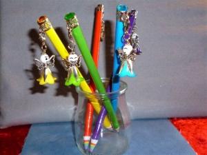 Bleistift mit Engelanhänger,Glitzerstein und Regenbogenspitze - Geschenk für Mädchen  - Handarbeit kaufen