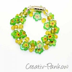Süße Kinderkette ♥Grüne Millefiori Blümchen♥  mit Magnetverschluss