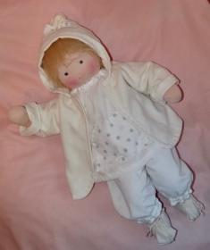 Versand kostenfrei Grosse Puppe 50 cm Babypuppe Stoffpuppe Handarbeit Naturmaterialien hergestellt  - Handarbeit kaufen