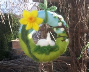 Trocken gefilzter Türkranz: Frühling und Ostern ♥ 17cm im Durchmesser