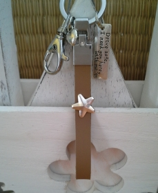 Schlüsselanhänger ★ Drive safe ★ ♡ , aus Kunstleder mit Anhänger - Handarbeit kaufen