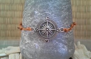 Armband ★ Kompass ★, geknüpftes Makrameearmband - Handarbeit kaufen