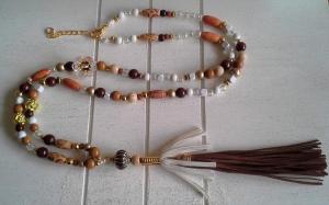 Halskette ☀ Blume ☀, lange Kette aus verschiedenen Perlen mit Quaste - Handarbeit kaufen