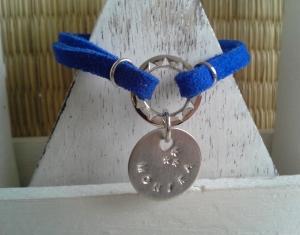 Armband ♥ Name ♥ ☆, Wildlederarmband mit bedrucktem Anhänger, (★individualisierbar!★)  - Handarbeit kaufen