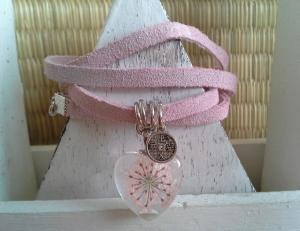 Armband ♥ Blume ♥ ☆, Wickelarmband aus Wildleder mit einem Anhänger mit echten Blüten  - Handarbeit kaufen
