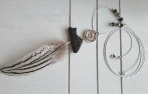 Halskette ☀ Feder ☀, lange Kette aus feiner Kordel im Metallic-Look mit verschiedenen Anhängern  - Handarbeit kaufen