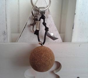 Schlüsselanhänger ★ Boot ★ ♡ , aus Baumwollband mit Kork-Anhänger - Handarbeit kaufen