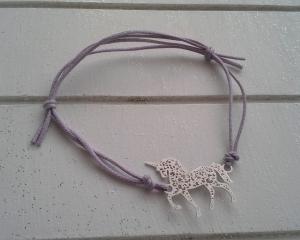 Armband ♥ Einhorn ♥, geknüpftes Armband mit filigranem Anhänger ☀ individualisierbar!  - Handarbeit kaufen