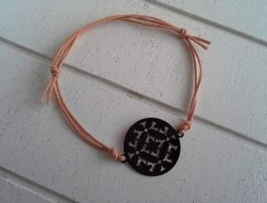 Armband ♥ Kreis ♥, geknüpftes Armband mit filigranem Anhänger ☀ individualisierbar! - Handarbeit kaufen