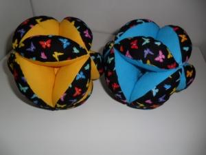 Greifball mit Glöckchen,Motorikspielzeug,mit  gratis Personalisierung und Farbauswahl