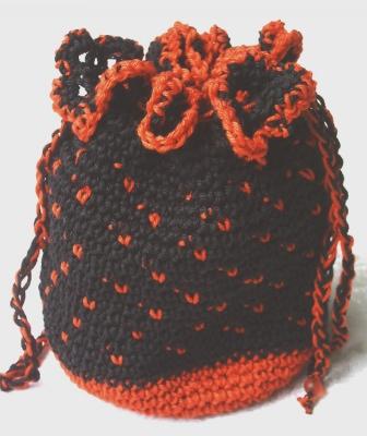 Beutel ♡ Utensilo handgehäkelt aus Baumwolle in Rot und Schwarz für die Aufbewahrung von vielen kleinen Dingen kaufen