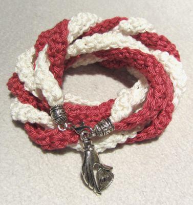 Wickelarmband ♡ handgehäkelt aus Baumwolle in Rot und Creme kaufen