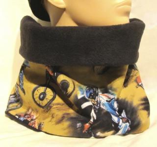 Handgefertigter Schal Schalkragen Männer Damen genäht aus Fleecestoff in Schwarz und Baumwollstoff mit BikeCrossing Muster kaufen - Handarbeit kaufen