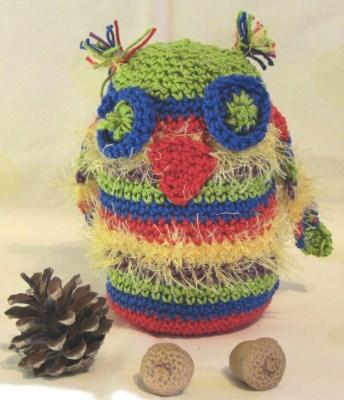 Eule ♥ handgehäkelt aus Baumwolle in Bunt als Dekoration oder zum Verschenken kaufen