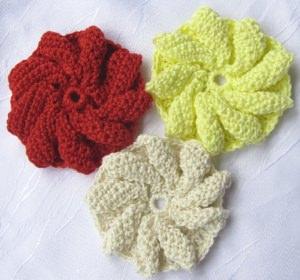 Blüte ☀ handgehäkelt aus Baumwolle in Creme Rot oder Gelb kaufen