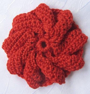 Blüte ☀ handgehäkelt aus Baumwolle in Rot Creme oder Gelb kaufen