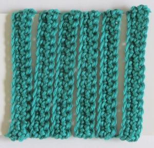Geschenkband handgehäkelt aus Baumwolle in Grün kaufen oder in Ihrer Wunschfarbe bestellen