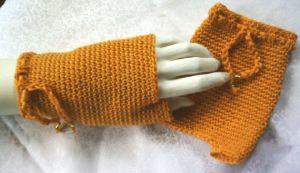Handschuhe fingerlos handgehäkelt aus Baumwolle in Orange kaufen