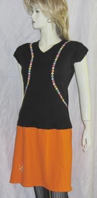 Handgefertigtes Kleid Größe 40 zugeschnitten und genäht aus Baumwolljersey in Schwarz und Orange kaufen - Handarbeit kaufen