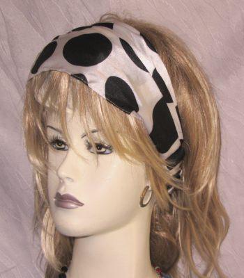 Haarband ♡ mit schwarzen Punkten auf weißem Grund handgenäht kaufen
