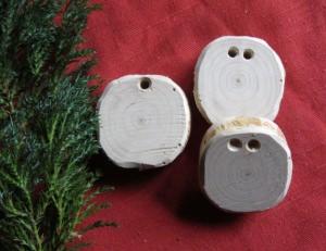 Geschenkanhänger handgefertigt aus Wacholderholz unbehandelt deshalb ideal zum Beschriften kaufen
