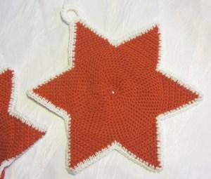 Topflappen ★ Sterne handgehäkelt aus Baumwolle in Rot kaufen oder in Ihrer Wunschfarbe bestellen